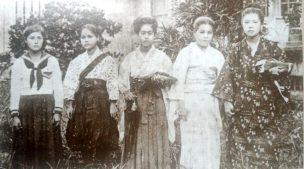 女子教育の普及と服装の変遷